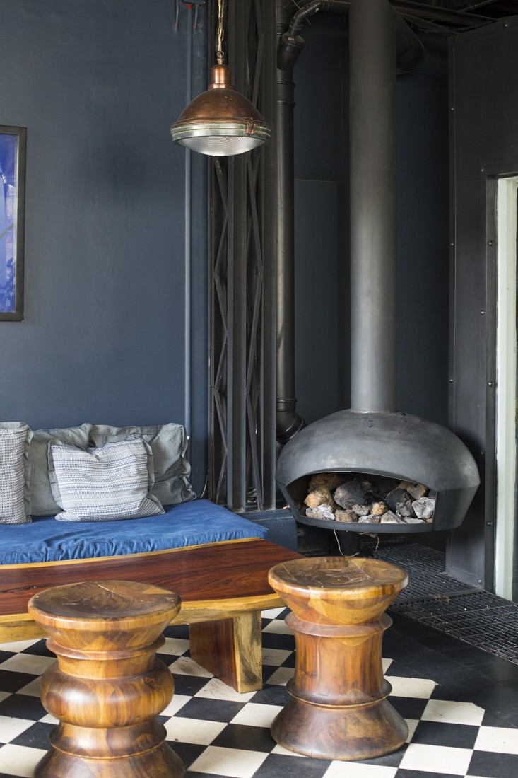 fireplace and lounge at romita restaurant in mexico city by mimi giboin for gardenista